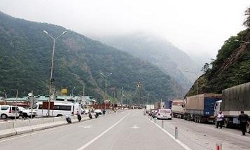 Эксперт: После революции в Армении сложности на КПП «Верхний Ларс» для армянских экспортеров возросли