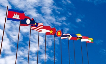 The ASEAN countries agreed to create the world's largest free trade zone