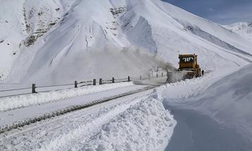 Верхний Ларс сегодня: на дороге к границе России введены ограничения